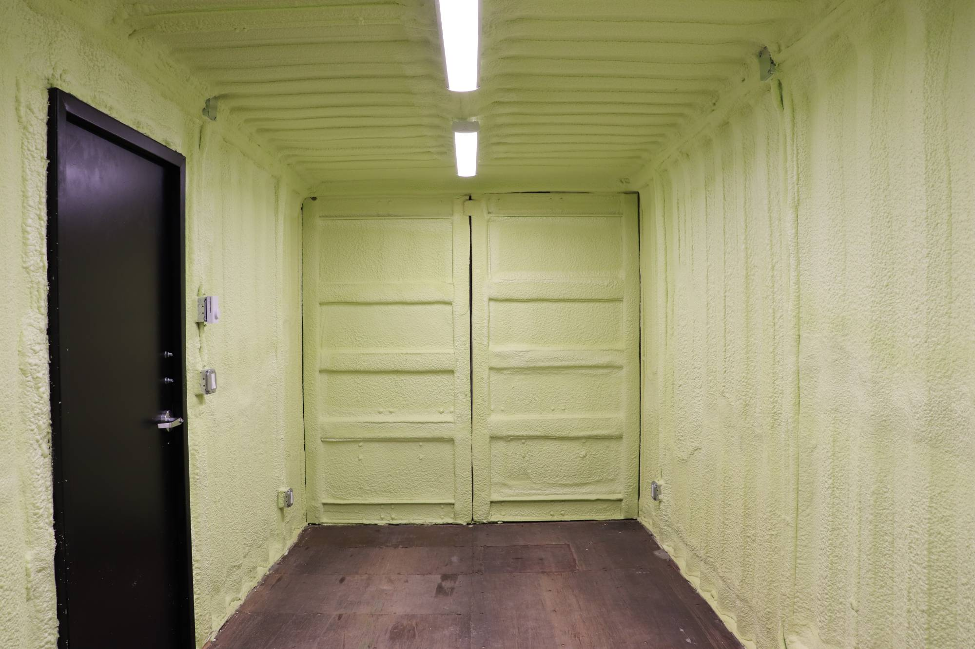20′ Shipping Container Workshop - Custom Cubes