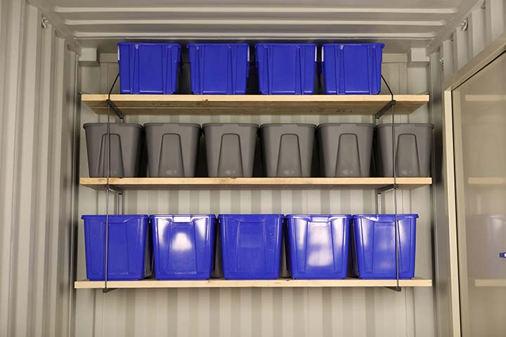 INSTA Shelving Brackets - Custom Cubes