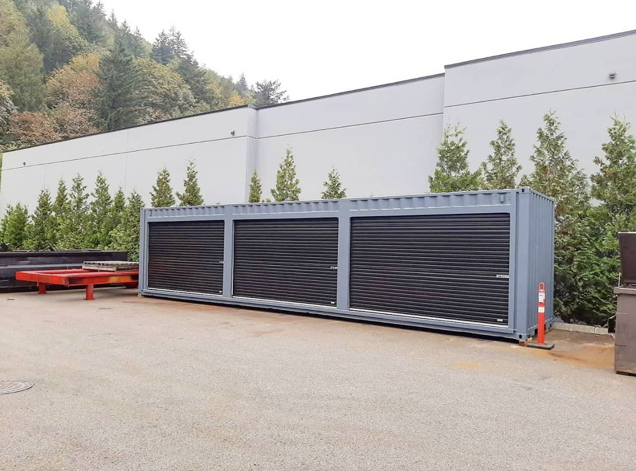 "40′HC SHIPPING CONTAINER + (3) 11′ 10"" DOORS - Custom Cubes"